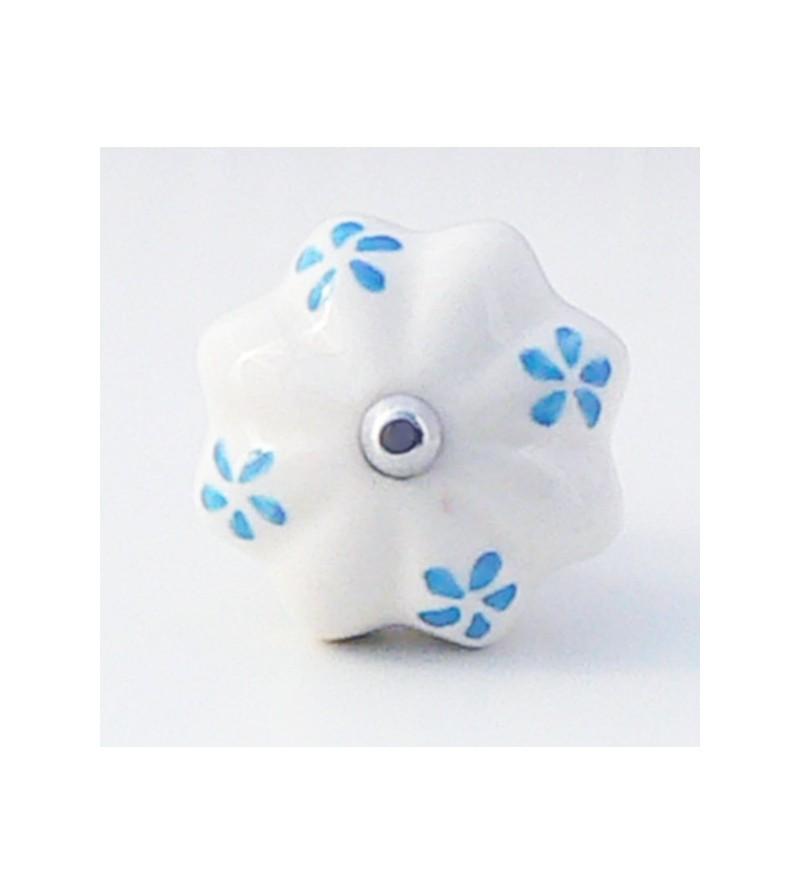 Bouton de porte fany c ramique blanche et p tales bleues for Bouton de porte en ceramique