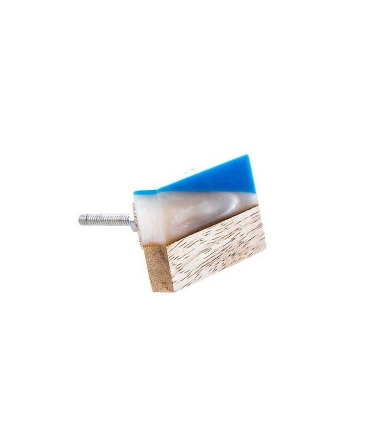 Bouton de meuble moderne facettes bois et r sine for Bouton de porte en bois
