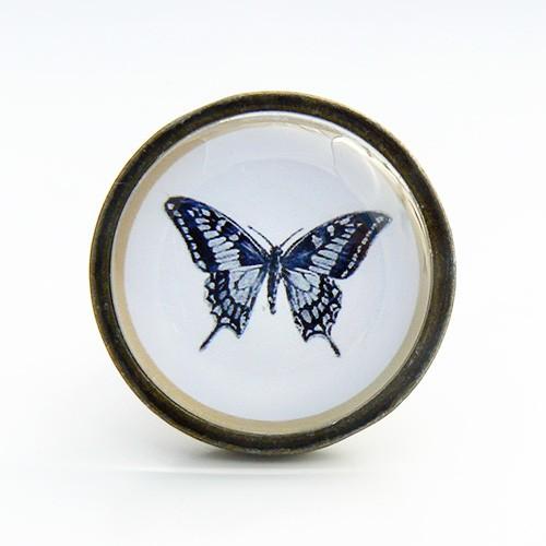 Bouton de meuble papillon cabinet de curiosit s for Meuble cabinet de curiosite